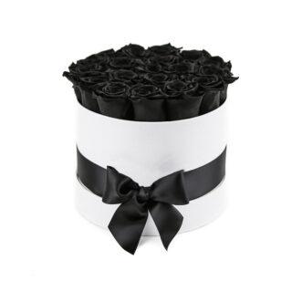 19 черных роз в шляпной коробке